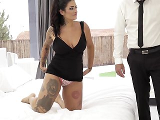 Fat tattooed brunette Raquel Adan gets fucked in the ass hardcore