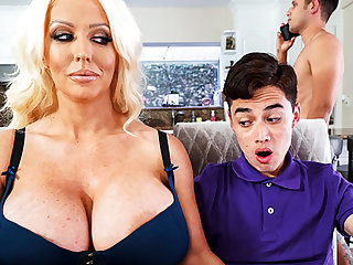 Busty stepmom interested beside taste schoolboy's dig up