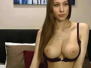 Talk about being authoritatively sexy and this camgirl is natural in every respect
