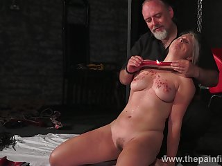 Kinky coxcomb ties up and punishes seductive chubby blondie Masie Dee
