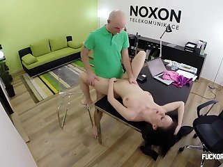Hard Sex Lovemaking In Kingpin Office