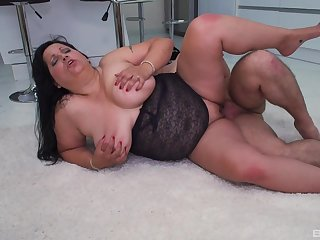 Chubby mature gets the detect harder than anything before